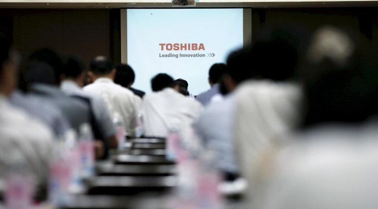 Компании Toshiba грозит рекордный штраф из-за ошибок в отчетности