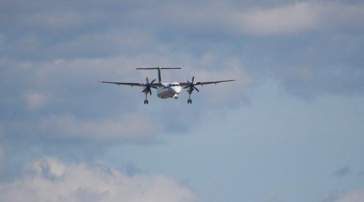 """Пассажирский Boeing 737-300 авиакомпании """"Air Kyrgyzstan"""" ошибочно приземлился на строящуюся полосу в аэропорту Краснодара. Чудом нет жертв"""