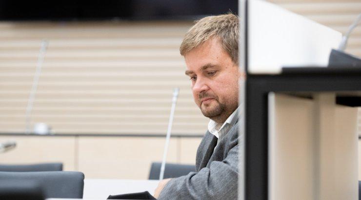 FOTOD | Kahtlustuse tõttu ministeeriumist lahkunud IT arenduse peaspetsialist mõisteti altkäemaksu võtmises süüdi