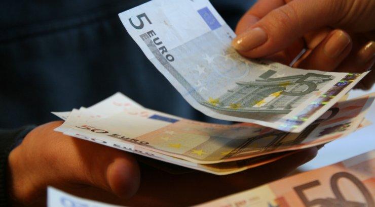 Euro kukkus viimase kahe aasta madalaimale tasemele