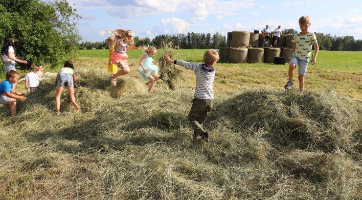 FOTOD   Avatud talude päev löödi Maamehe golfiga avatuks