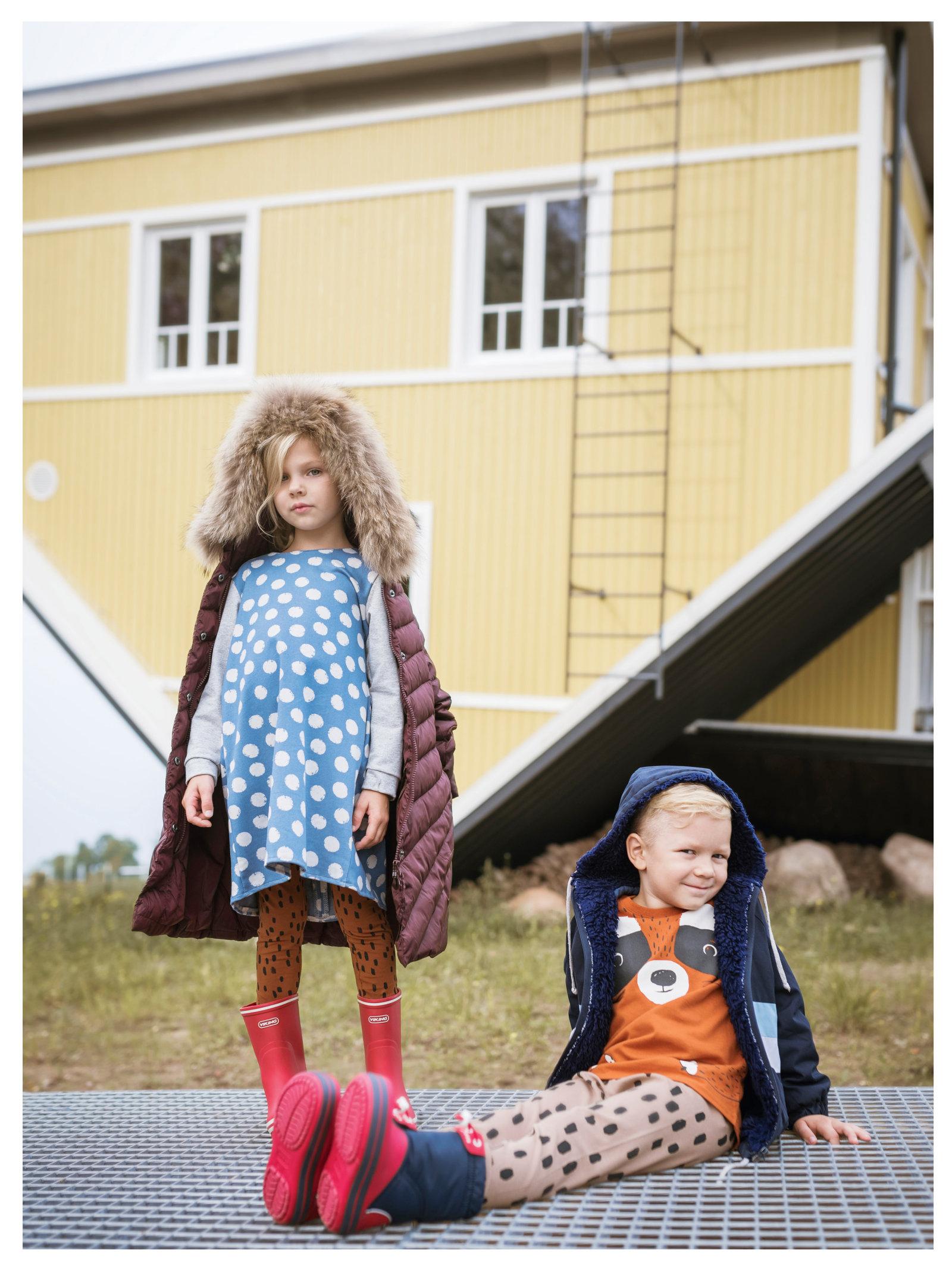 d54fe70315e ISABELLA: kleit 28.- (NONA), retuusid 14.99 (Lindex), jope 149.99 ja  kummikud 49.99 (Tartu Kaubamaja). ROBIN: kummikud 49.99 (Tartu Kaubamaja),  ...