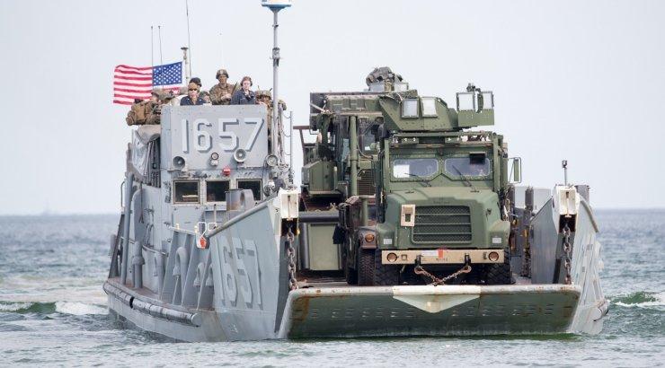 VIDEO JA FOTOD | Suurõppus tõi Saaremaale ohtrasti sõjaväetehnikat ja liitlaste meredessandi