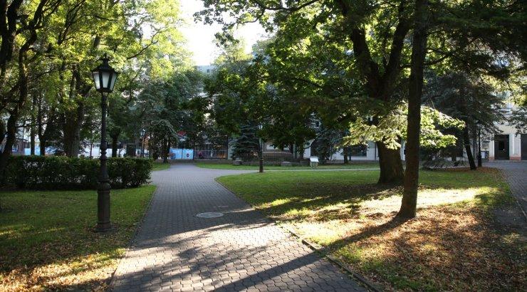 Ööl vastu tänast kärgatasid Tartu kesklinnas mitmed valjud plahvatused, mille põhjus on teadmata