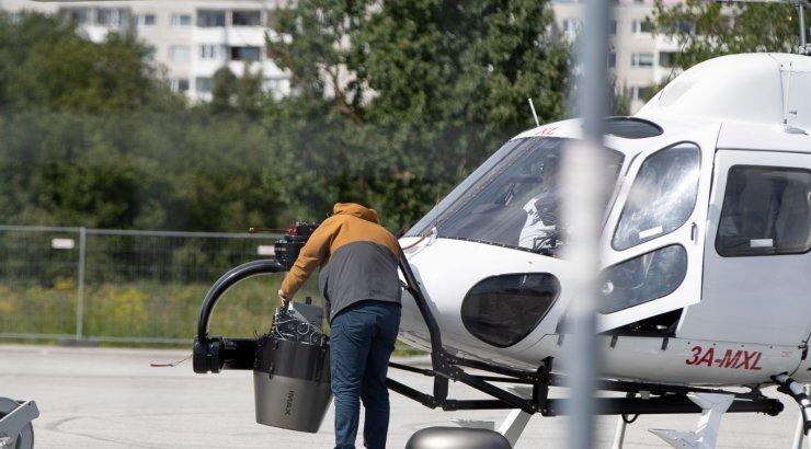 FOTOD | Laagna tee kohal lendas helikopter hirmkalli ja haruldase kaameraga