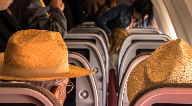 Lugeja jagab reisimise ajal aset leidnud seiku, mis tõestavad, et hullemaid nähtusi kui lennukis nuttev laps on tõesti olemas