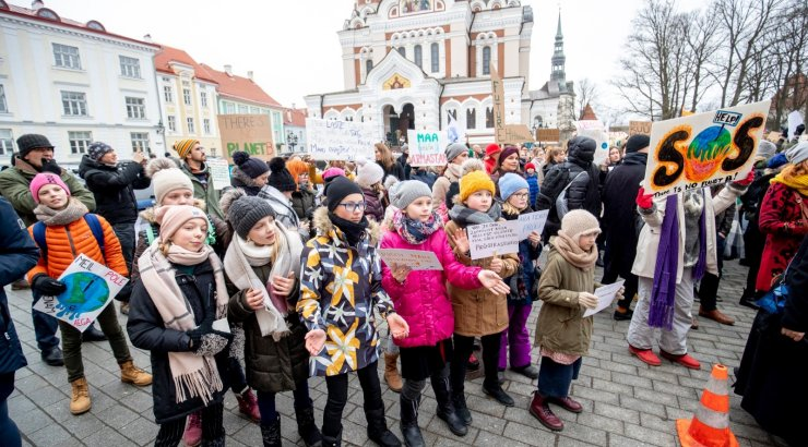 33b5a9cbfb6 OTSEPILT | Kandideerivad eurosaadikud vaidelevad kliimamuutuste üle: mida  arvab Evelin Ilves ja kus seisab Sven