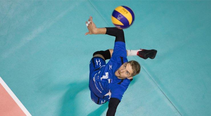 Kas eri alade supertähtede ühendtiim tuleks aastase treeningtsükli järel Eesti võrkpallimeistriks?