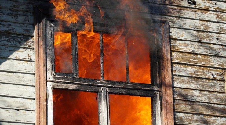 Kundas hukkus tulekahjus inimene
