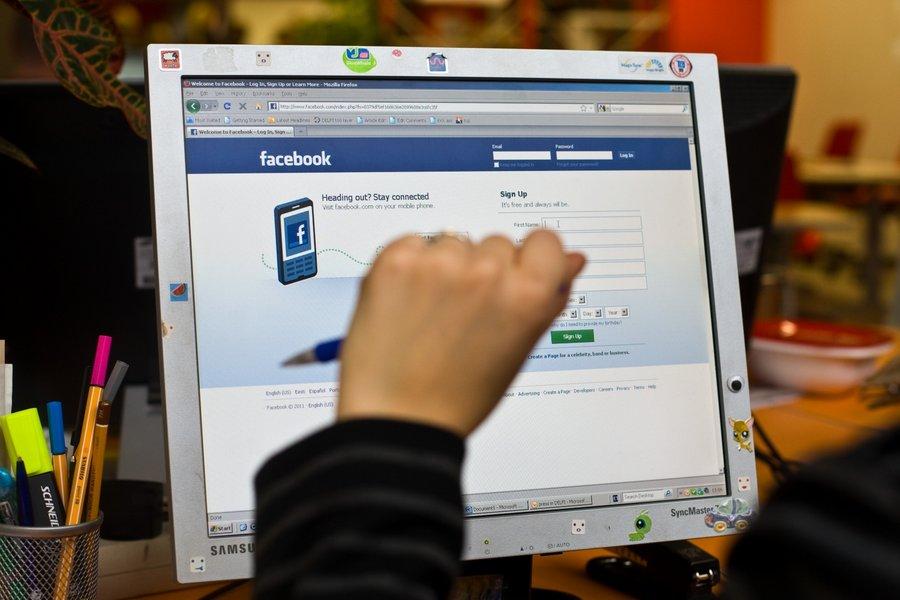 f27fcf35dc6 USAs teipisid vanemad oma põngerjatel käed ja suu kinni ning panid pildid  sellest Facebooki