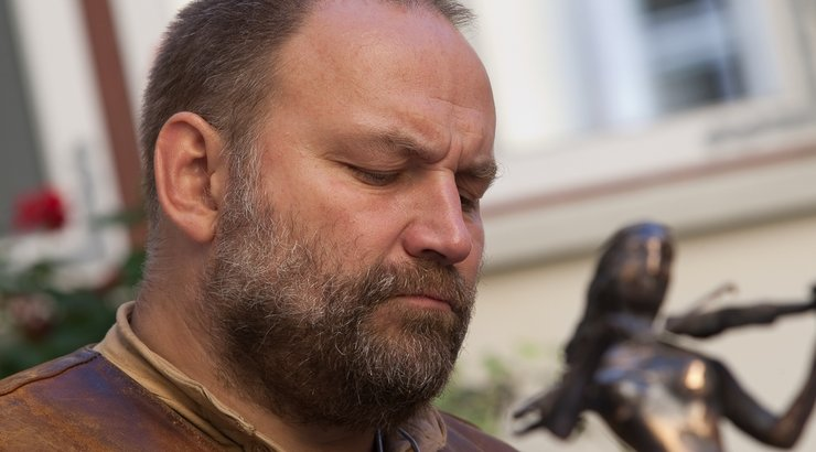 Tauno Kangro taotleb oma skulptuuristuudio pankrotti
