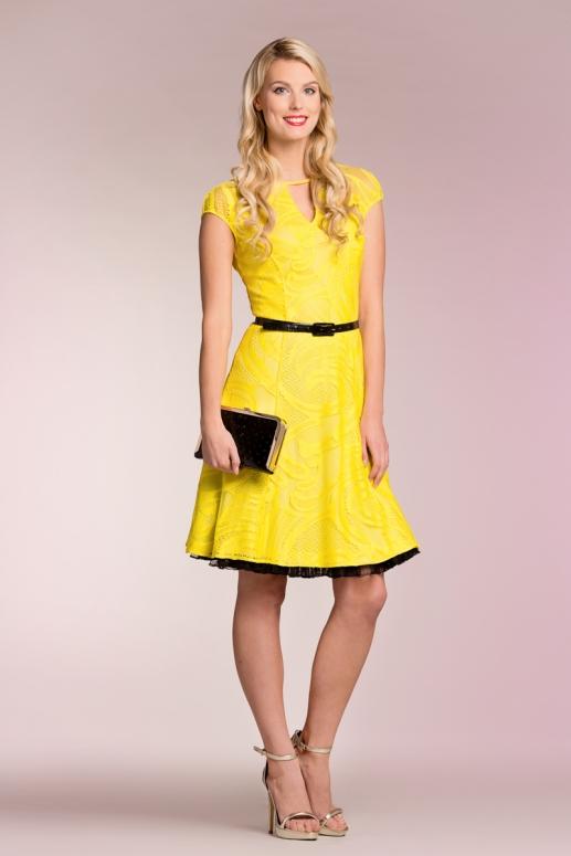 ab7d33c4e8c TÄNA ON KLEIDI KANDMISE PÄEV: Millised kleidid peaksid iga naise garderoobi  kuuluma? - Anne ja Stiil