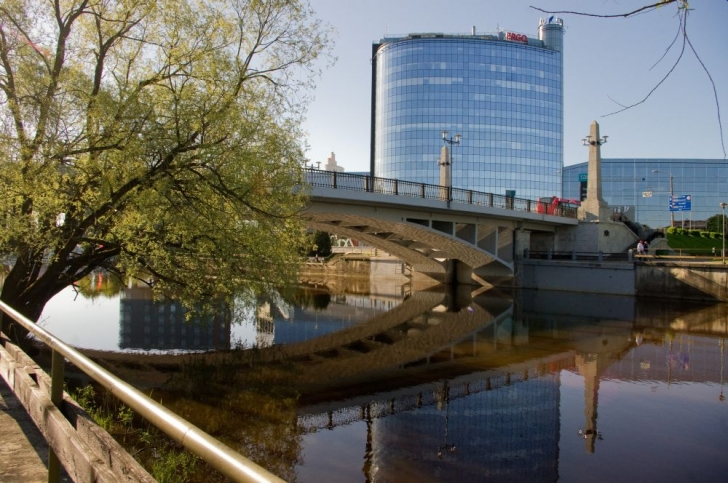 Võidu sild (endine Vene sild)