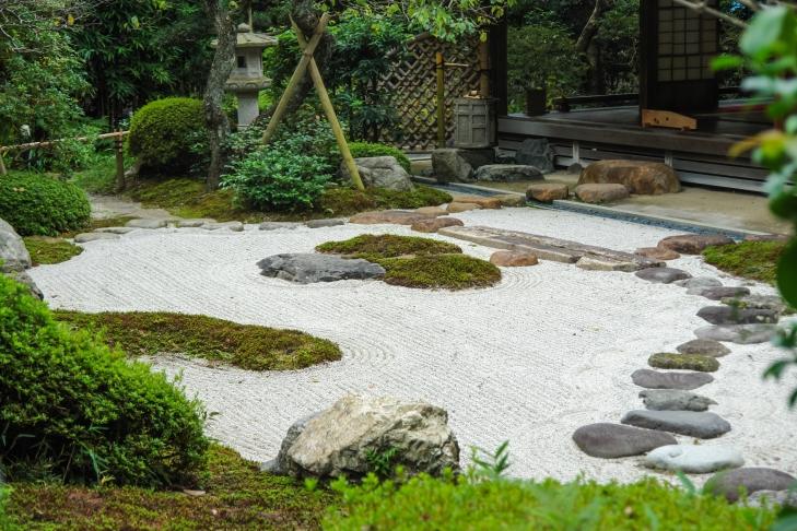 fotod lahedad ideed kuidas kividega ueruumi kaunistada moodne kodu. Black Bedroom Furniture Sets. Home Design Ideas