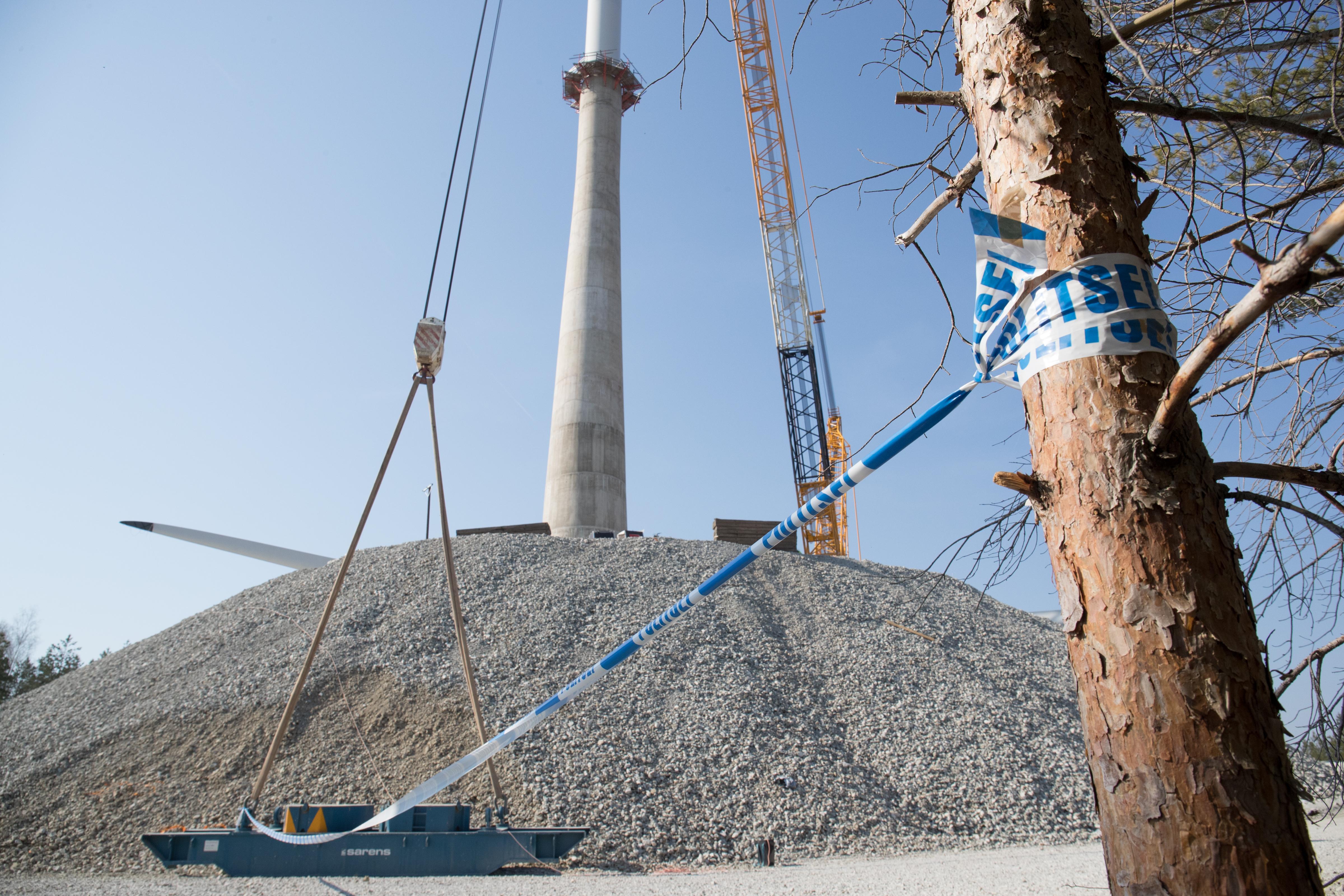 Aidu tuulepark on aprillist määramata ajaks politsei järelevalve all