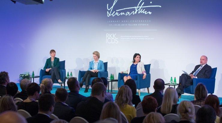 Saksamaa ajaleht: Kersti Kaljulaid on nähtavalt närvis, et peab EKRE rassistlike avalduste pärast vabandama