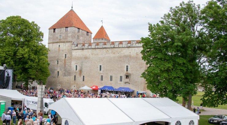 GRAAFIK   Eestis on nüüd neli linna, kus kinnisvara eest tuleb välja käia vähemalt 1000 eurot ruutmeetri kohta