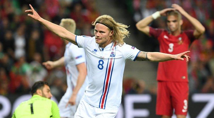 4250fa638ec DELFI PRANTSUSMAAL: Väike Island võttis Portugali superstaaridelt punkti! -  Sport