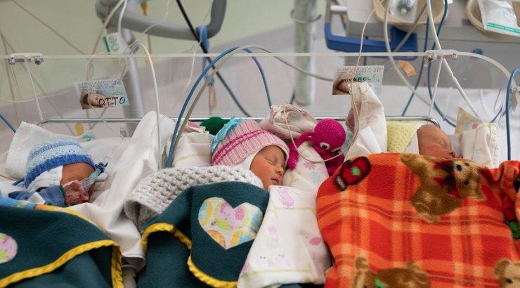 FOTOD | Palju õnne! Tallinna keskhaiglas sündisid kolmikud Otto, Annabel ja Isabel