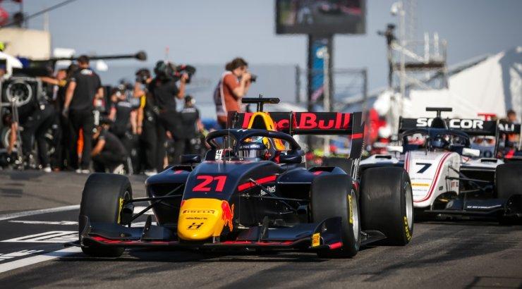 Suurepärane! Jüri Vips võitis F3 sarja kvalifikatsiooni
