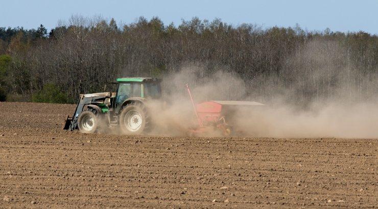 Государство предлагает фермерам возможность продать свою землю на время кризиса и позже ее выкупить