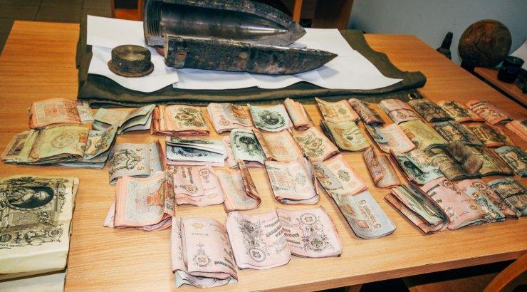 Muuseumid pidid suu puhtaks pühkima. Pärnumaalt leitud rahamürsu sai endale maa omanik