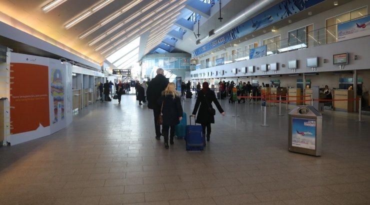 Tallinna Lennujaamas huligaanitses eile õhtul 18-aastane noormees