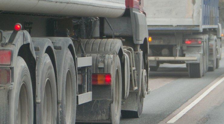 Tööinspektsiooni kiri pani kaubaveofirmad töötajate palka tõstma