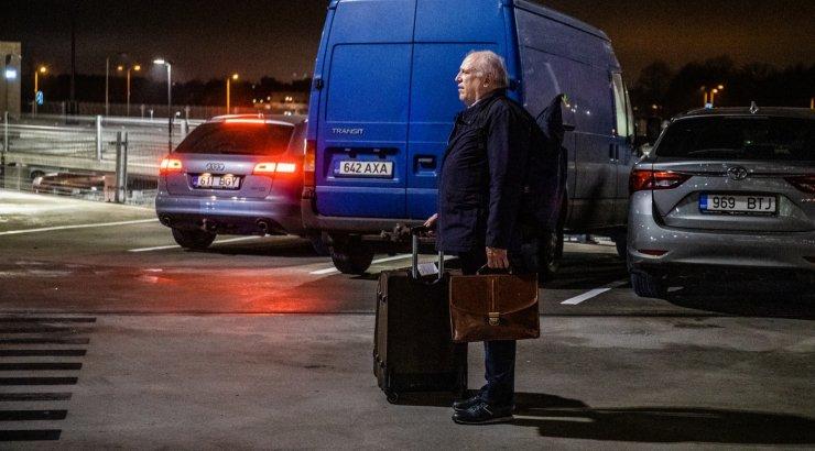 Kas Mart Järvik laseb kohe esmaspäeval kantsleri lahti? Tema koht ei ole avalikus teenistuses