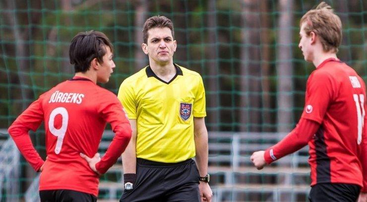 Юношеская сборная России по футболу проиграла Испании в финале чемпионата Европы