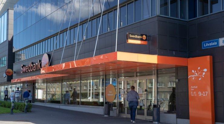 Swedbanki kontoris välisvaluutas enam tehinguid teha ei saa
