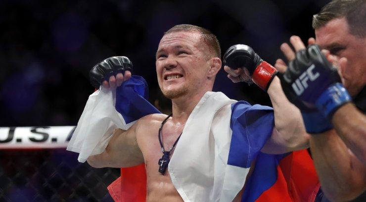 Петр Ян победил Жозе Альдо в UFC