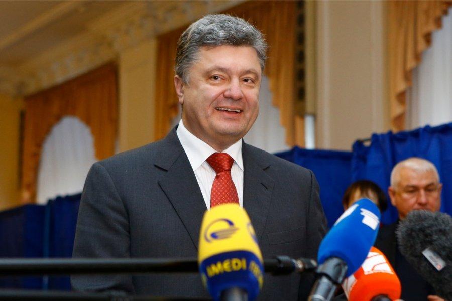 Порошенко хочет подписать закон остремлении Украины вНАТО