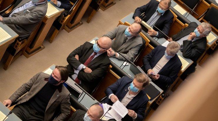 Riigikogus toimub olulise tähtsusega riikliku küsimusena välispoliitika arutelu