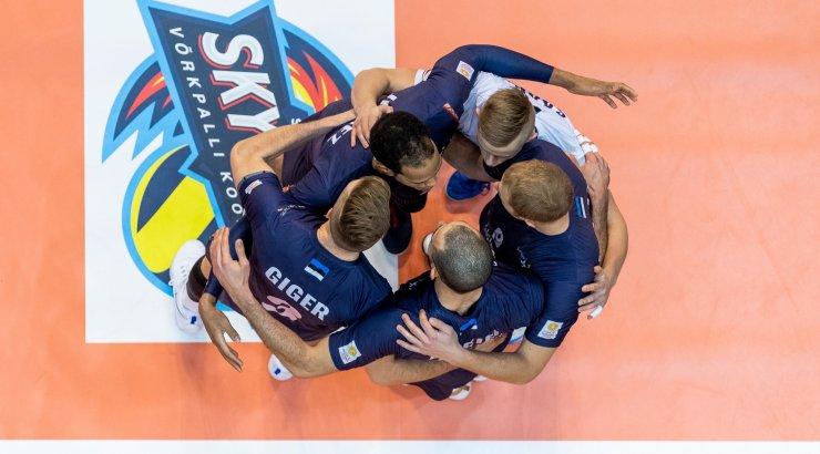 Võrkpallureid ootavad näguripäevad. Kas Saaremaa üldse jätkab?