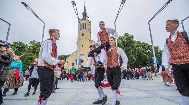 Tallinna kavandatud alternatiivne tantsupidu jääb ära