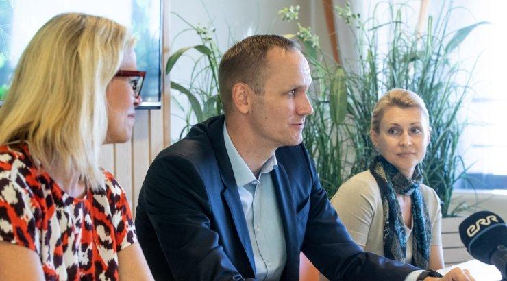 Swedpank Eesti juht Robert Kitt on ametist prii, kuid ikka Swedbanki palgal