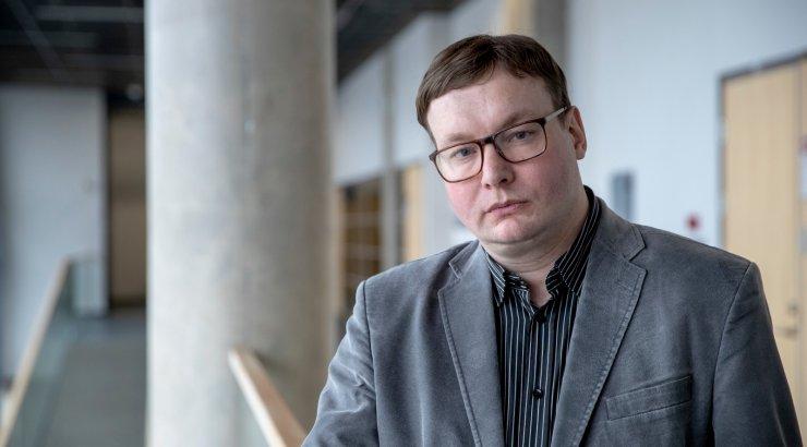 Politoloog ei usu, et koalitsioonipartnerid võiksid Ratase umbusaldamisega kaasa minna
