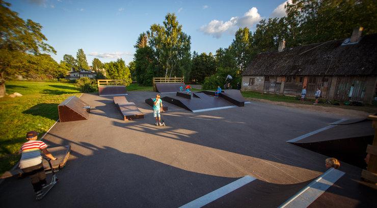 Laupäeval avatakse Tõrvas skatepark