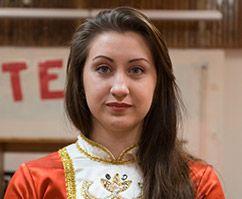 Kabardi-Balkaaria juurtega Jekaterina viib meid oma kultuuriseltsi tantsuringi