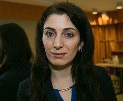 Lesgiin Rameliya Aserbaidžaanist usub, et ta lapsed saavad Eestis hea hariduse