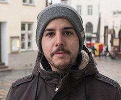 Hispaanlane Jose imetleb: Eestis hoitakse oma identiteeti ja traditsioone väga, näiteks laulupeol