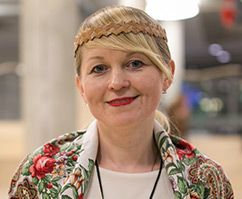 Natalia Komimaalt kiidab, et eestlaste kodud on alati korras